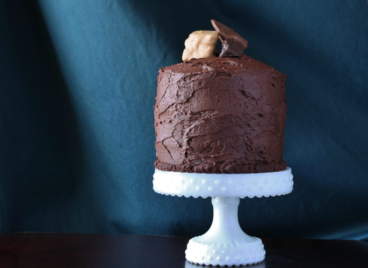 This ultra rich and decadent Chocolate Carrot Cake is a cake you will never forget. Forget Deep 'n' Delicious, this is the only Chocolate Cake you'll ever want! #chocolatecake #carrotcake #birthdaycake #chocolatecarrotcake #decadentcakes