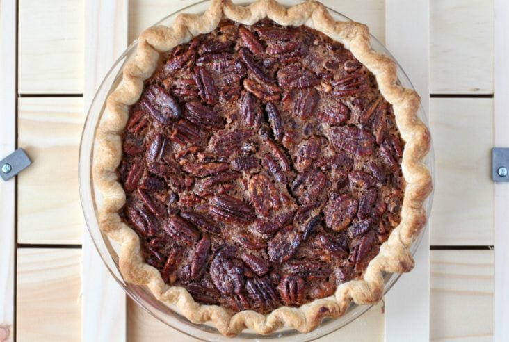Chocolate Pecan Pie with a Bourbon Twist #pie #pecanpie #boozypie #pastry