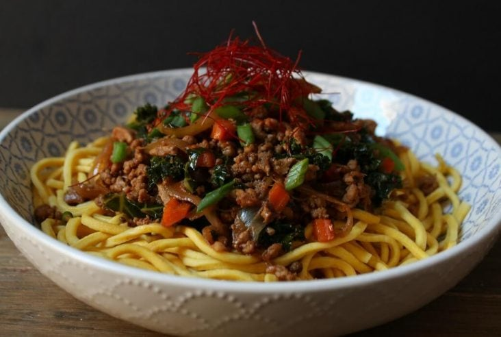 A quick and spicy ground pork stir fry, perfect for when that spicy noodle craving hits. Perfectly balanced flavours with sweetness, saltiness, umami and a nice kick of heat from Szechuan peppercorns and Korean gochugaru. #spicynoodles #PorkStirfry #SzechuanPork #noodles #dinner #SzechuanPorkStiryFry
