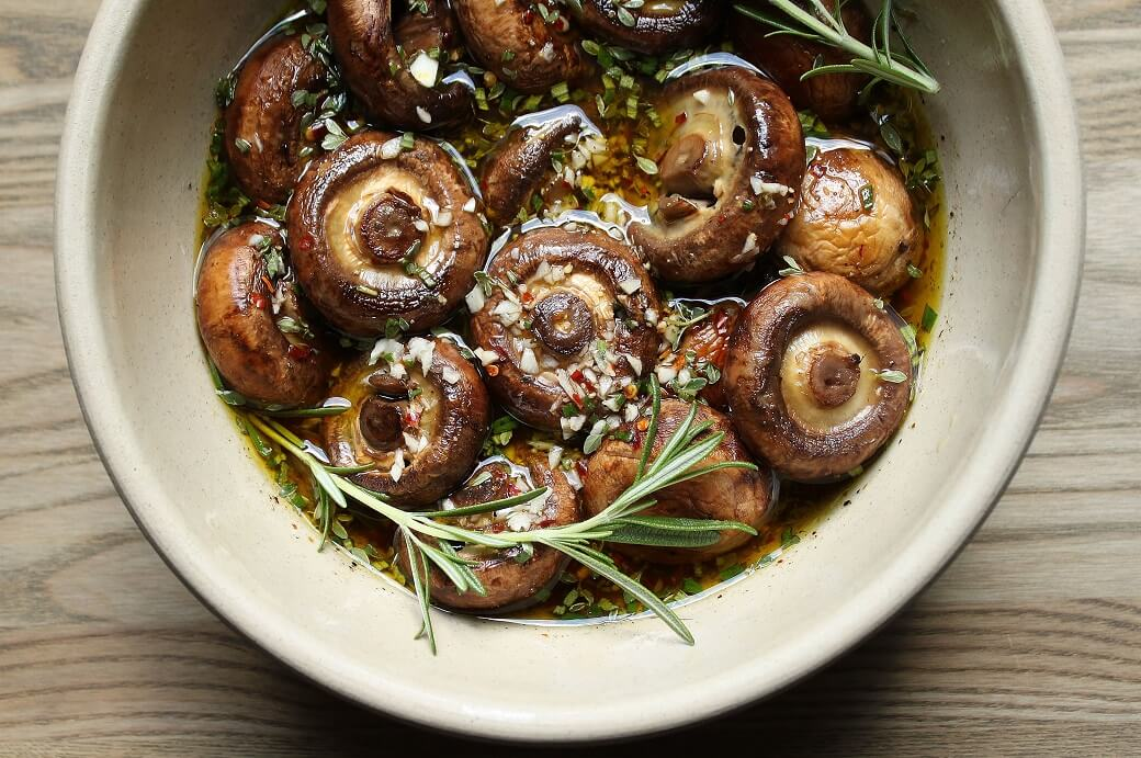 Delicious Garlic Herb Marinated Mushrooms