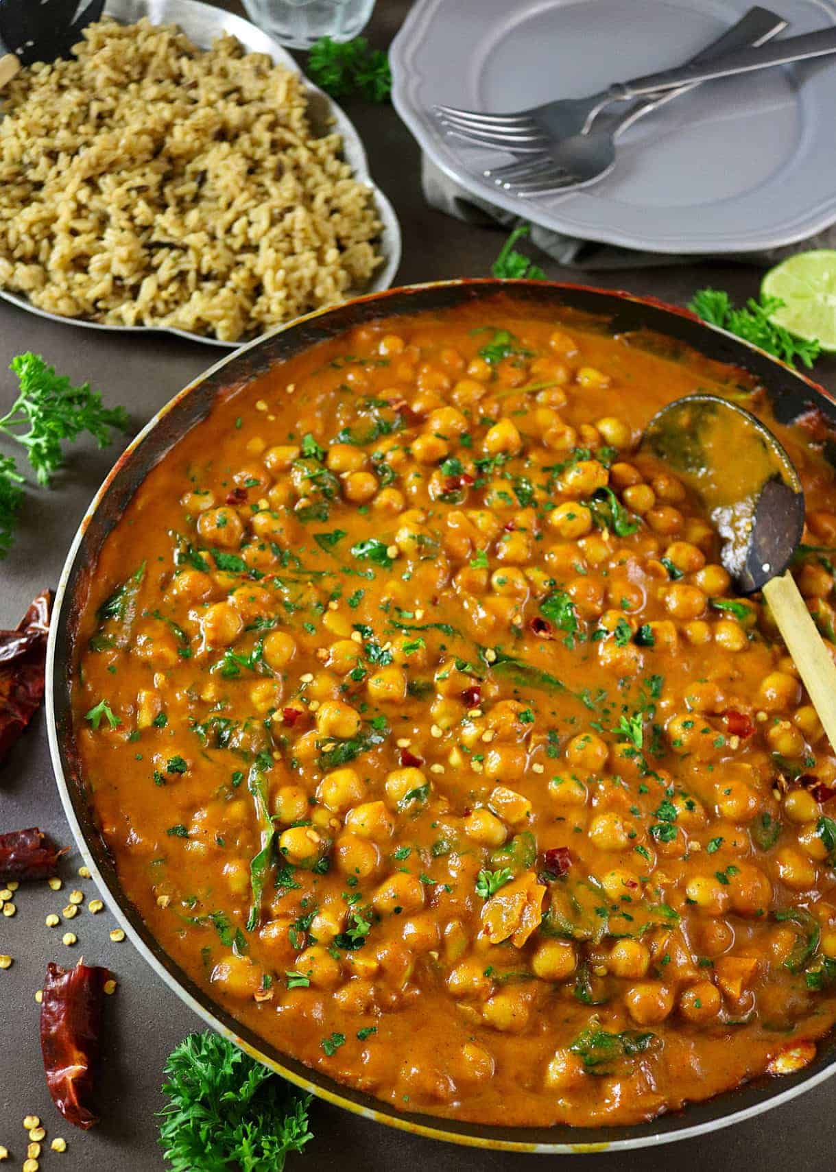 Easy Chickpea & Spinach Curry Recipe